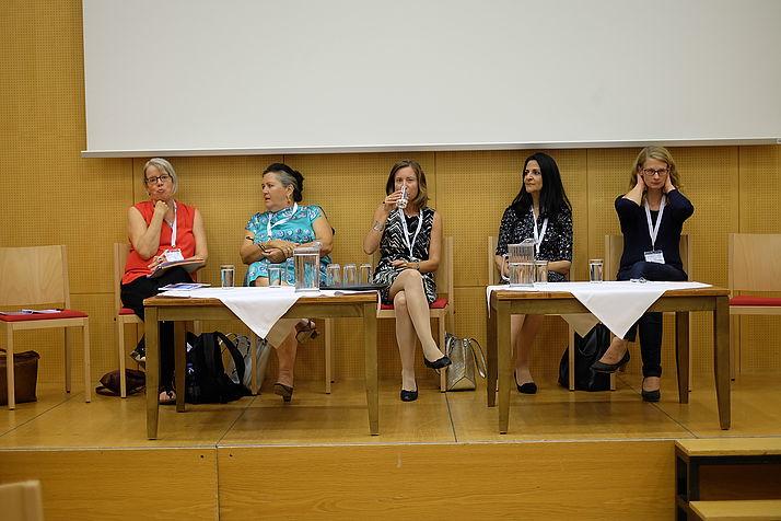 Diskussionsrunde interreligiöse Panels